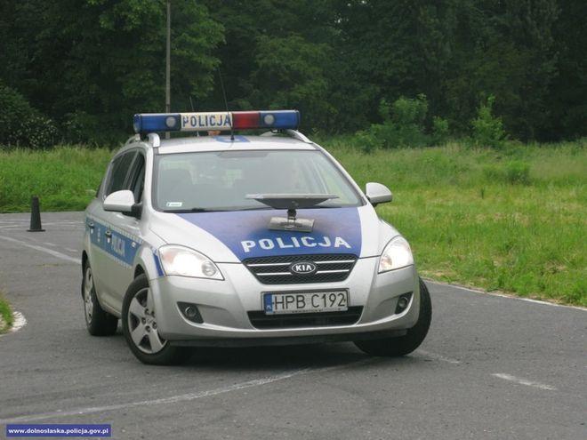 Policjanci zatrzymali nieodpowiedzialną kobietę