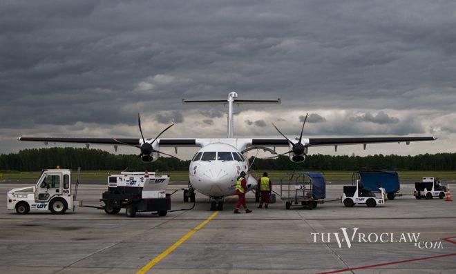 Pracownicy wrocławskiego lotniska chętnie wzięli udział w biegu