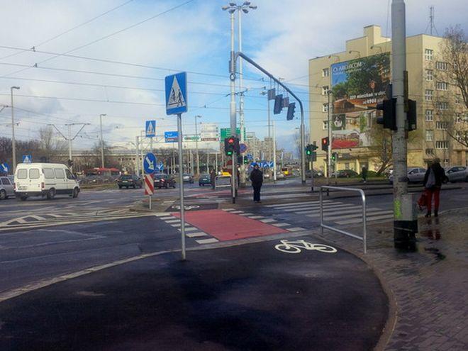 Od 1 kwietnia rowerzyści mogą korzystać z nowej ścieżki rowerowej na ulicy Traugutta