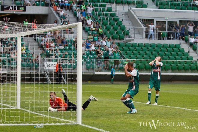 W ostatnim ligowym meczu Śląsk przegrał u siebie z Jagiellonią 2:3