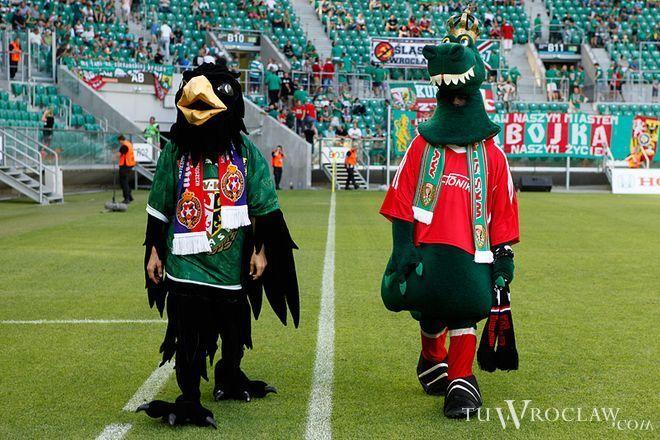 Tymczasem już w piątek wieczorem Śląsk zagra mecz przyjaźni z Wisłą w Krakowie