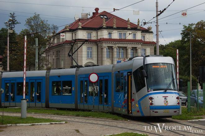 Na wrocławskie ulice w wakacje wyjeżdża znacznie mniej linii tramwajowych
