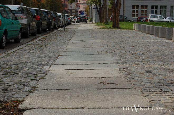 Kilkadziesiąt chodników zostanie w ciągu kilku lat odnowionych