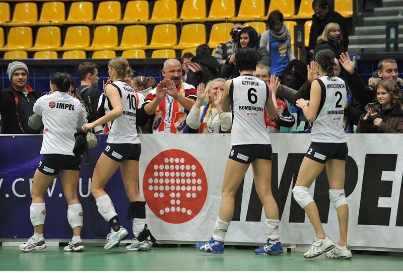 Siatkarki Gwardii liczą na doping wrocławskiej publiczności.