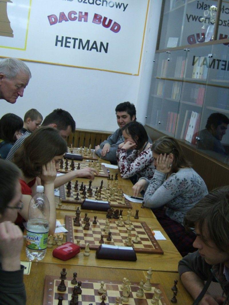 W najbliższych dnaich zagrają również szachiści.