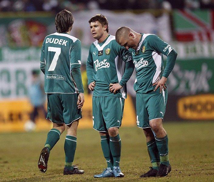 Nie wiadomo jeszcze kiedy Piotr Ćwielong zagra przeciwko swojej byłej drużynie.
