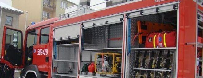 Strażakom, którzy pojawili się na miejscu udało się zwalczyć ogień