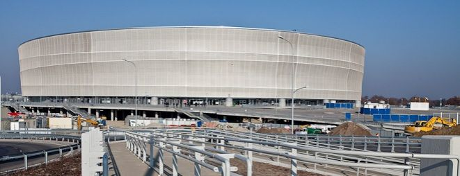 Budowa areny przy alei Śląskiej wydaje się nie mieć końca