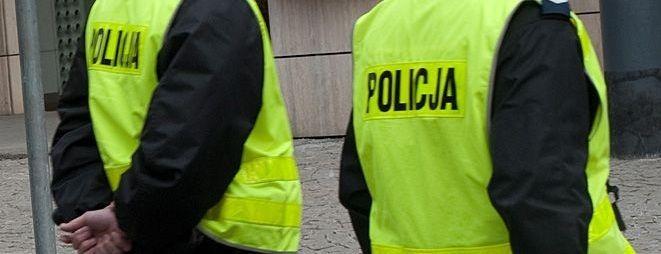 Policjanci wychwycili dziwnie zachowującego się nastolatka. Ich podejrzenia okazały się słuszne