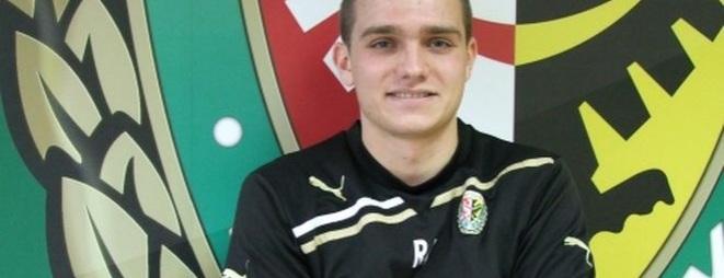 Paweł Zieliński dobrze zapamięta mecz z Pogonią Szczecin - zdobył w nim swoją pierwszą bramkę w Ekstraklasie.