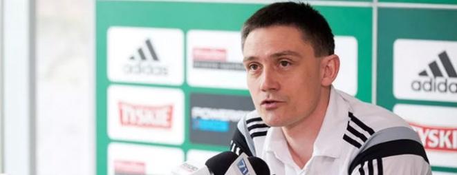 Trener Mariusz Rumak wierzy, że jego zespół poradzi sobie z Jagiellonią Białystok, ale podkreśla, że jeszcze nie czas na spokój