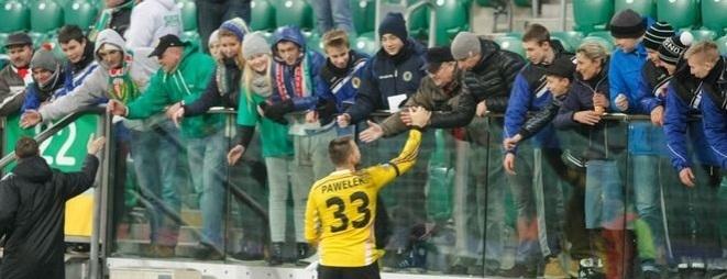 Trener Śląska Mariusz Rumak podkreśla, że jego zespół bardzo potrzebuje teraz wsparcia kibiców
