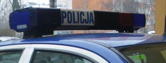Kompletnie pijaną kobietę znaleźli policjanci