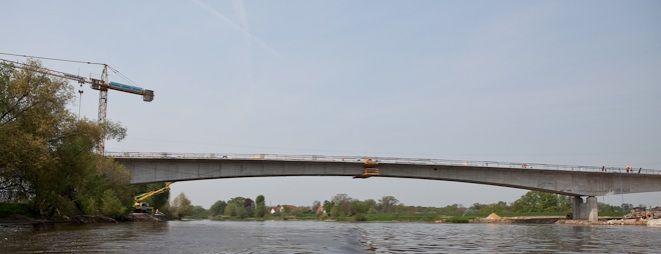 Gotowy jest most na Odrze w Łanach, na odcinku który będzie otwarty w styczniu