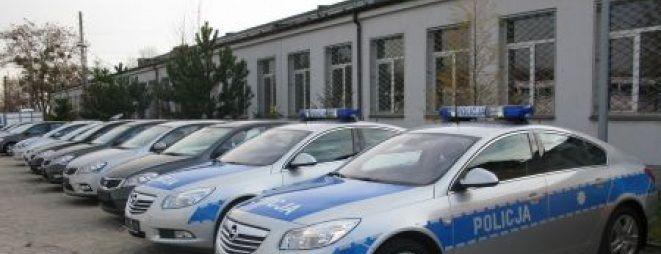 Nasi policjanci wraz z niemieckimi kolegami przeprowadzili niespodziewany nalot na wrocławską giełgę aut