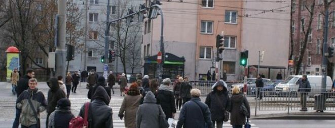 Do tragicznego wypadku doszło na przystanku przy ul. Kazimierza Wielkiego