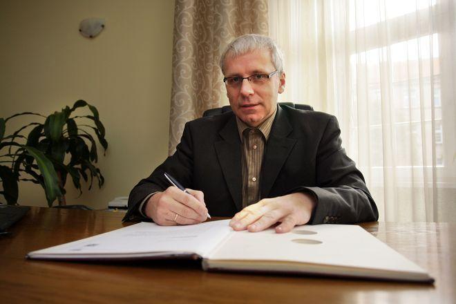 Senator Jarosław Obremski to inicjator akcji ''Nie dla portalu za 66 milionów''